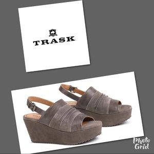 New Trask Wedge Suede Shoes 10 Sundance catalog